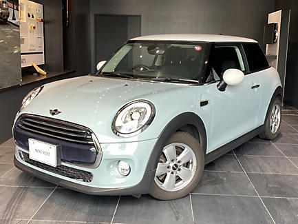 MINI COOPER 3 DOOR ICE BLUE
