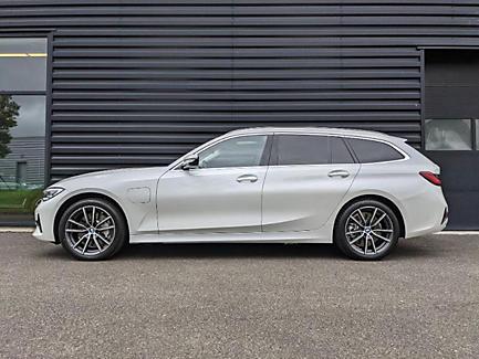 BMW 330e xDrive 292 ch Touring