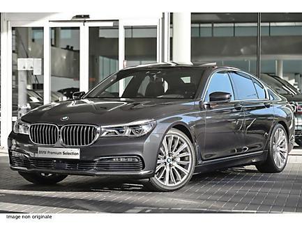 BMW 740i 326 ch Berline