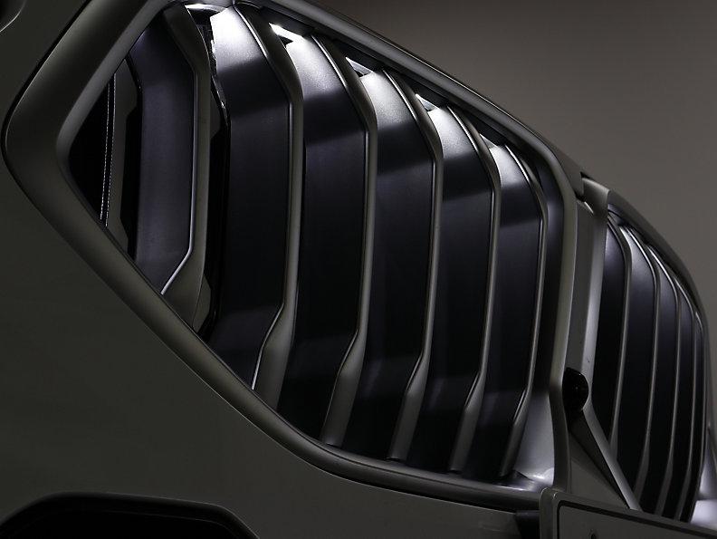 X* xDrive30d RHD