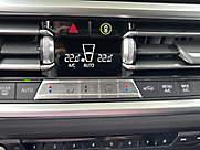 320e Sedan