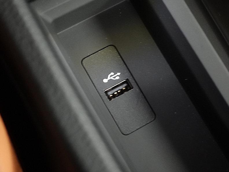 318I TOURING RHD
