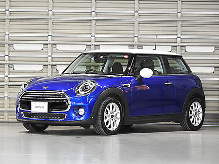 THE NEW MINI COOPER 3 DOOR.