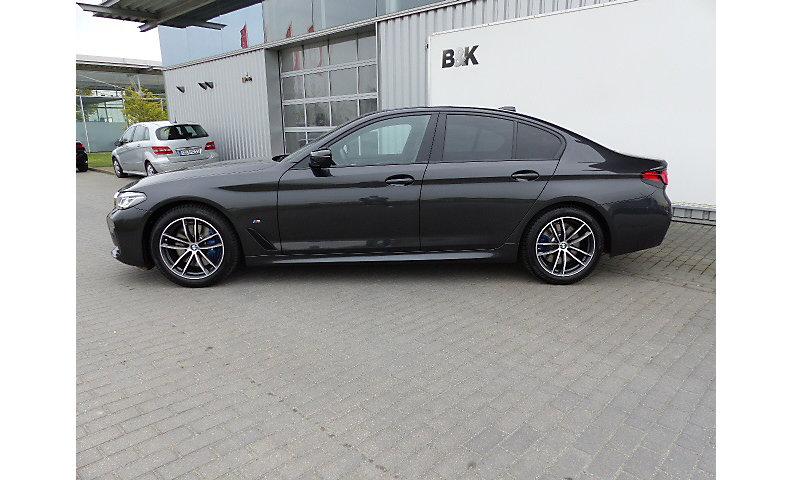 530i Sedan