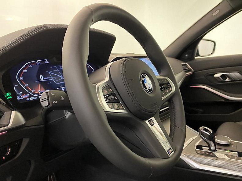 330d xDrive Touring