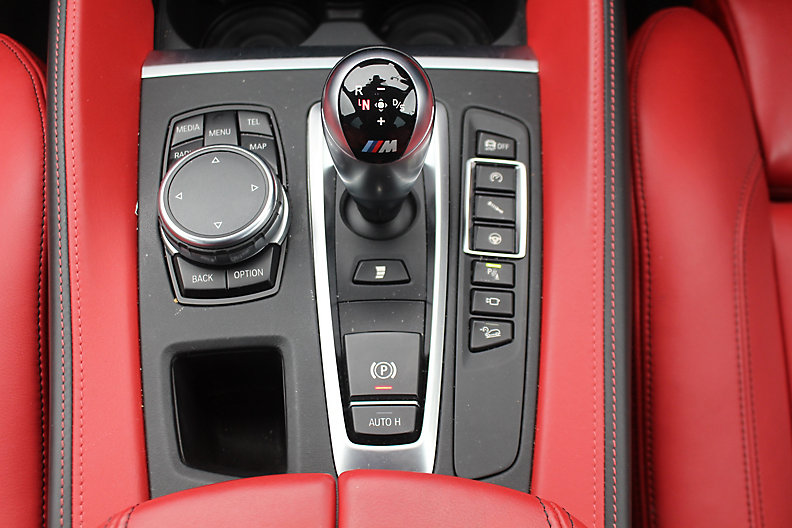X5M RHD