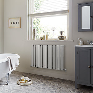 Towelrads Merlo Chrome Single Horizontal Radiator 600mm x 630mm