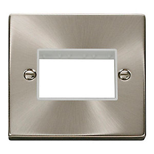 Deco VPSC403WH 1 Gang Minigrid Unfurnished Plate - 3 Apertures - White - Satin Chrome