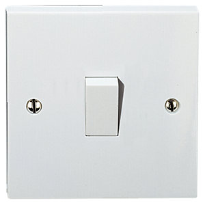 Vimark 1 Gang 2 Way Light Switch - V1203