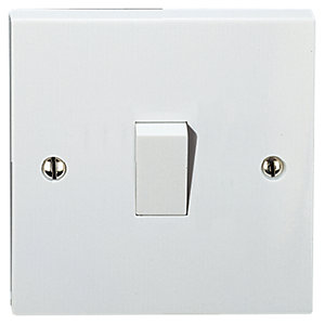 Vimark 10A Intermediate Switch - V1246