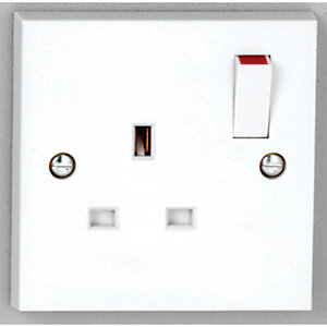 Vimark 13A Single Switched Socket - V1207S