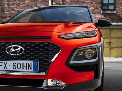Dettaglio di Hyundai KONA vista di fronte