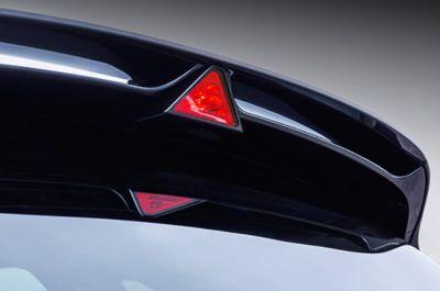 Vista frontal de la parrilla en cascada del Hyundai i30 N.