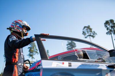 Paul Nagle getting into the Hyundai i20 Coupe WRC 2021.