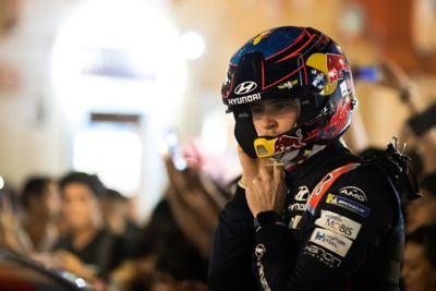 Hyundai Motorsport driver Thierry Neuville taking off his helmet