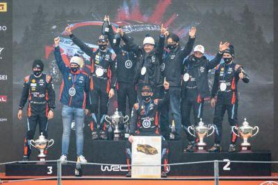 Celebrating the 2020 season title, back to back champions, the Hyundai WRC team.