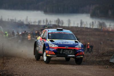 The Hyundai i20 R5 taking a tight turn.