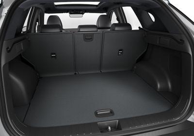 Bagażnik nowego kompaktowego SUV-a Hyundai TUCSON Plug-in Hybrid.