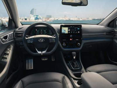 Photo of the interior of the new Hyundai IONIQ Plug-in Hybrid.