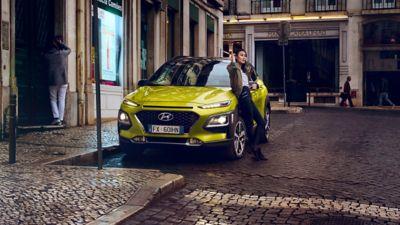 Hyundai KONA su strada