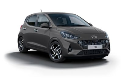 Hyundai i10 Aurora Grey vrijstaand.