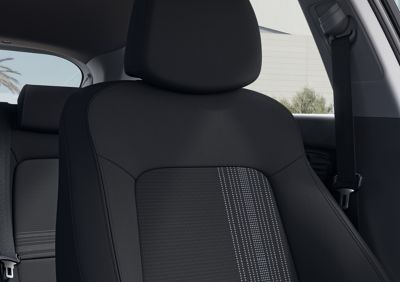 Close-up of the all-new Hyundai i20's driver's seat, Black & Grey colour scheme