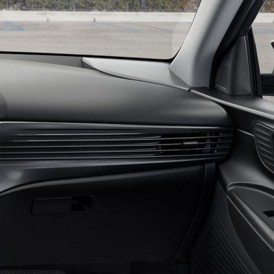 El nuevo salpicadero del Hyundai i20 con las nuevas aspas horizontales y la ventilación del lado del pasajero