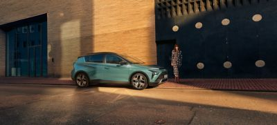 The all-new Hyundai BAYON compact crossover SUV parked in the colour Mangrove Green Pearl.