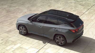 Top view of the all-new Hyundai TUCSON Plug-in Hybrid N Line in shadow gray.