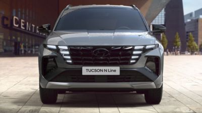 Frontview of the all-new Hyundai TUCSON Plug-in Hybrid N Line in shadow gray.