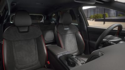 Detail of the all-new Hyundai TUCSON Plug-in Hybrid N Line front seats.