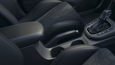 detail of the Performance Blue accent stitching throughout the cockpit inside thenewHyundai i30 N