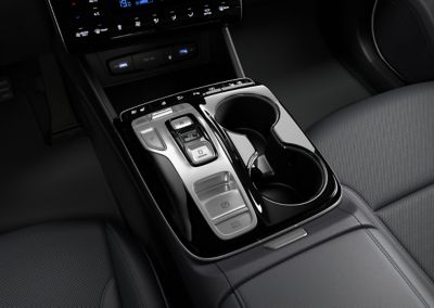 The button type shift by wire  of the all-new Hyundai Tucson Hybrid compact SUV.