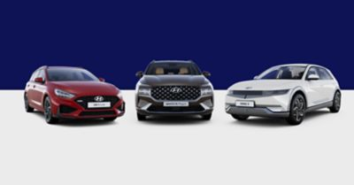 Modely Hyundai i30 N Line, Tucson a Bayon vedle sebe na bílém pozadí.