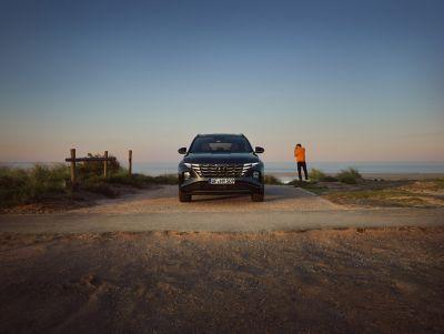 Nowy Tucson Hybrid - ujęcie z przodu.