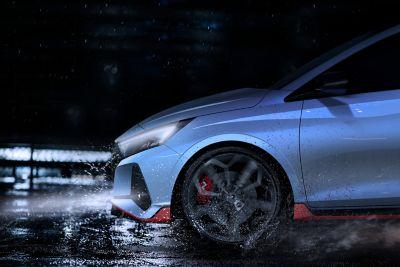 Nowy Hyundai i20 N - zbliżenie na bok.