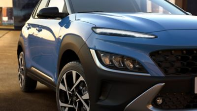 Front view of the new Hyundai Kona in Surfy Blue with its new front-end and LED headlamps.