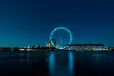 Q-en i IONIQ i London Eye. Foto.