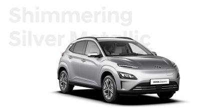 The Hyundai KONA Electric with the exterior colour Shimmering Silver Metallic.