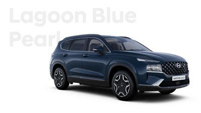 The exquisite exterior colours of the new Hyundai SANTA FE Hybrid: Lagoon Blue Pearl.