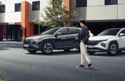 Asystent automatycznego parkowania (RSPA) w nowym kompaktowym SUV-ie Hyundai TUCSON Plug-in Hybrid.