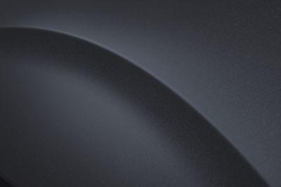 Uno de los ocho colores exteriores del nuevo Hyundai STARIA: Graphite Gray Metallic.
