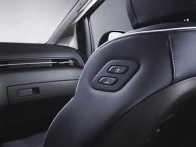 The walk-in device on the front passenger seat in the STARIA allows for easy entry and more comfort.