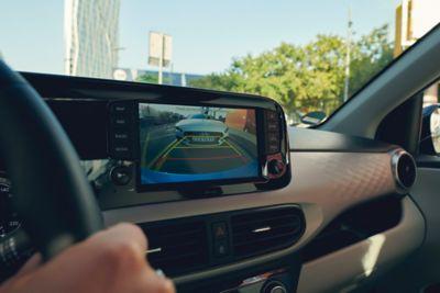 Afbeelding van de achteruitrijcamera van de Hyundai i10.