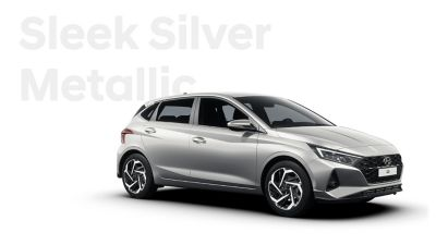 Right side view of the Hyundai i20, Sleek Silver colour scheme