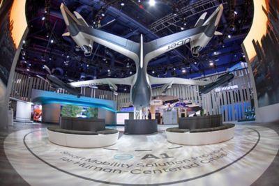 Personlig luftfarkost sett bakfra på CES 2020. Foto.