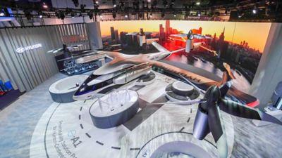 Film som viser Hyundais luftfarkost fra flere sider på CES 2020. Video.