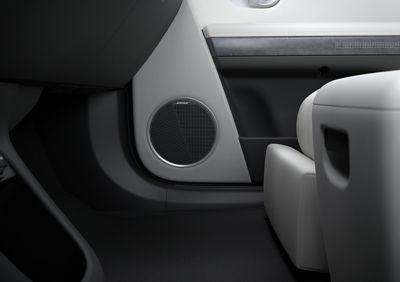 Il sistema audio Premium BOSE del SUV Crossover compatto 100% elettrico Hyundai IONIQ 5.