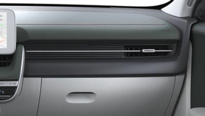 Las tres opciones de color para el interior del Hyundai IONIQ 5 Eléctrico: Dark Green y Dove Gray.