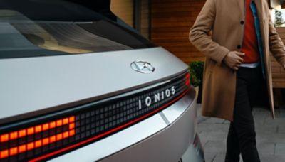 Reflectantes traseros del Hyundai IONIQ 5 Eléctrico.